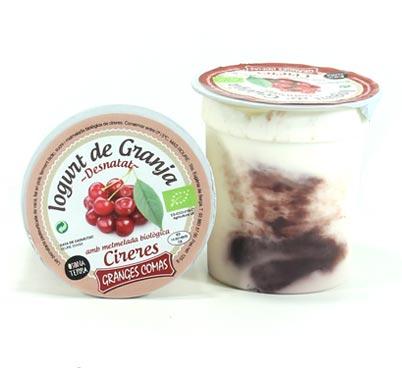 Iogurt desnatat amb melmelada biològica de cireres Granges Comas