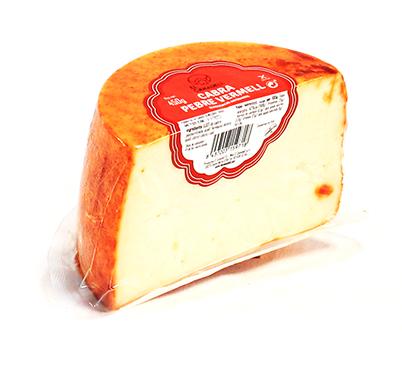 Formatge de cabra amb pebre vermell a la crosta